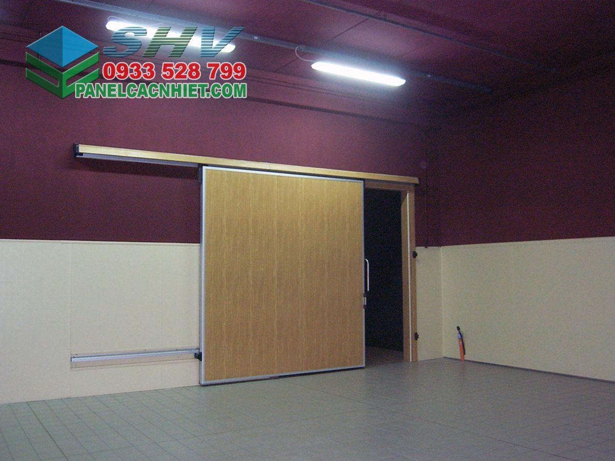 cửa phòng lạnh đa dạng bề mặt