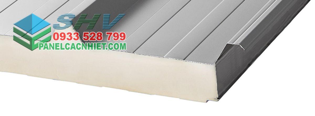 mái tôn 3 lớp lõi pu